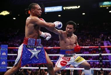 Manny Pacquiao venció a Keith Thurman por el título wélter de la AMB | AFP