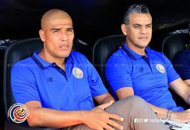 Douglas Sequeira y el asistente Héctor Altamirano | Prensa Fedefútbol