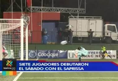 Siete jugadores debutaron con Saprissa ante San Carlos