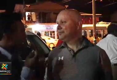 """""""Cierran puestos policiales... ustedes bien custodiados y el pueblo a expensas"""""""