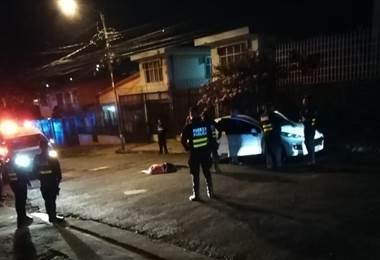 Fallecido con arma de fuego en Barrio Carit.