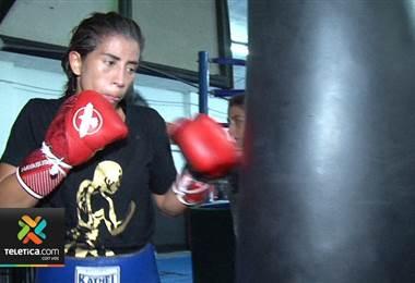 Yokasta Valle espera que su tercera pelea grande fuera de Costa Rica sea la vencida