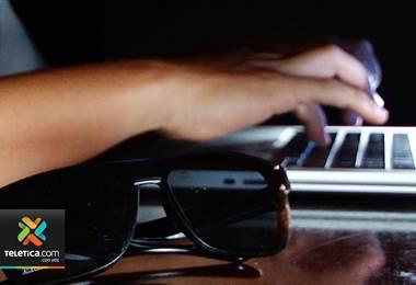 Varias personas han sido estafadas tras recibir una falsa llamada para actualizar la firma digital