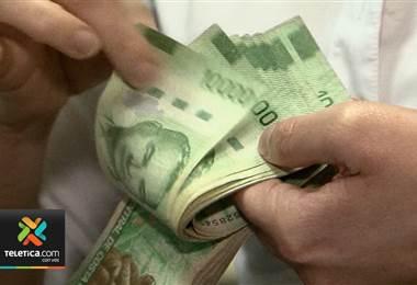 Poder Ejecutivo afirma que la aprobación del préstamo de los Eurobonos ya trajo beneficios al país