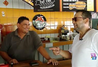 Encontramos al técnico de futbol,  Jeaustin Campos, en su nueva vida.