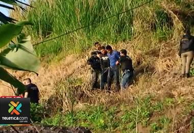 OIJ allana una casa en Alajuelita para detener a dos hermanos sospechosos de robo de vehículos