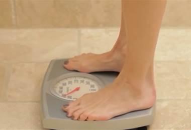 Acumulación de grasa en gluteos, abdomen, caderas...