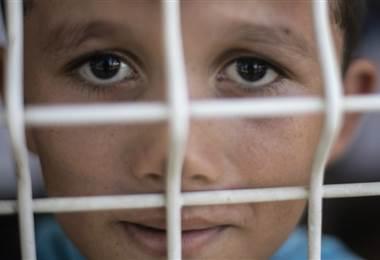 Miles de niños han tratado de llegar al norte. AFP