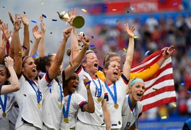 EE.UU. bicampeón mundial femenino  AFP