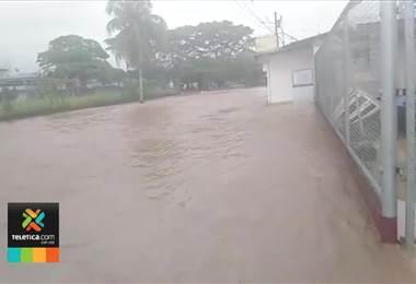 Onda tropical 12 se aleja del territorio nacional y le da una tregua al cantón de Upala