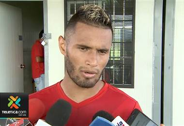 Alex López es el único hondureño titular indiscutible en Alajuelense