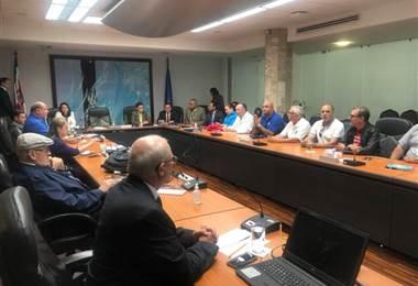 Reunión de la Junta Directiva de la CCSS con sindicatos de salud.