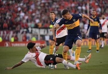 Boca Juniors y River Plate empataron sin goles   AFP