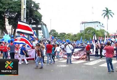 Sindicato de la CCSS llama a huelga para luchar contra orden de la Contraloría
