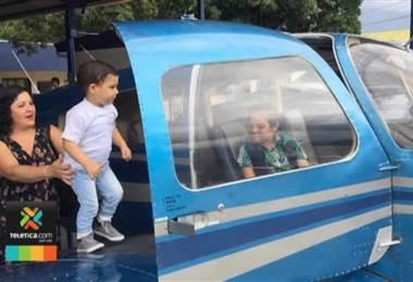 Dos niños con cáncer cumplieron el sueño de poder volar