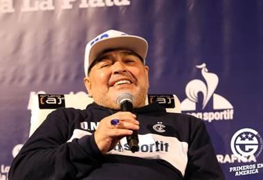 Diego Armando Maradona, técnico de Gimnasia | Twitter de Gimnasia