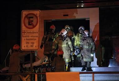 Reportan fallecidos en incendio en hospital de Rio de Janeiro |AFP.