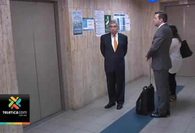 Óscar Arias rindió declaración este martes en audiencia preliminar por caso Crucitas
