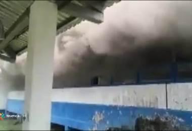 Incendio en Instalaciones de Colegio Carlos Manuel Vicente Castro