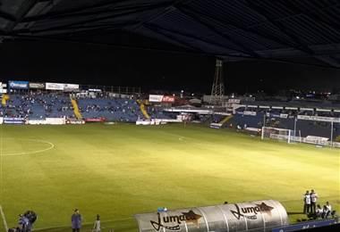 Falla eléctrica en el Fello Meza   Andrés González