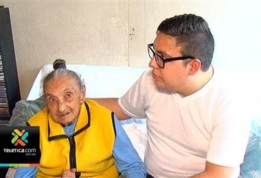 Señora de 99 años no fue atendida en el hospital porque su cédula tenía 10 días de vencida