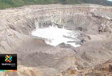 Volcán Poás registró este jueves una alta intensidad de lluvia ácida