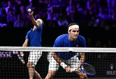 Roger Federer y Alexander Zverev durante la Laver Cup | AFP