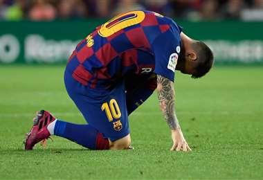 Lionel Messi salió lesionado del juego ante Villarreal por la Liga Española | AFP