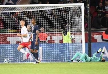 El arquero Keylor Navas sufrió su primera derrota con el PSG ante el Reims | AFP