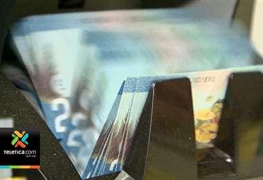 Salarios de ₡840.000 o menos estarán exentos del impuesto de renta