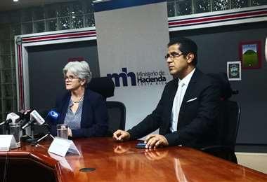 Nogui Acosta renunció como viceministro de Hacienda