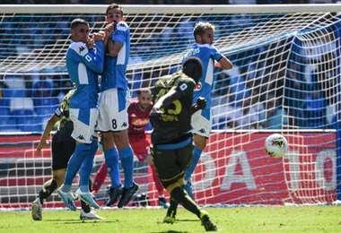 Mario Balotelli marca su primer gol con el Brescia | AFP
