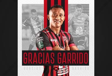 Luis Garrido se marcha de Alajuelense
