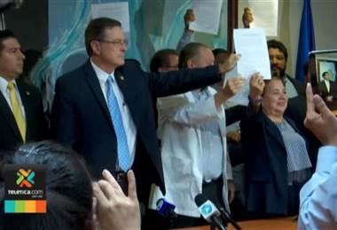 Contraloría ordena a la CCSS dar marcha atrás a acuerdos con sindicatos y aplicar reforma fiscal