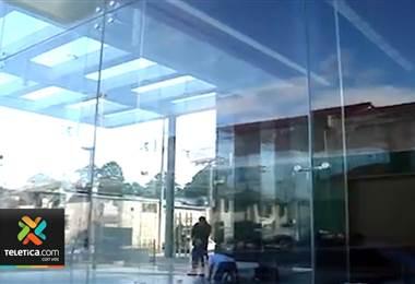 Crean norma de calidad para el uso de vidrio en ventanales y otros usos