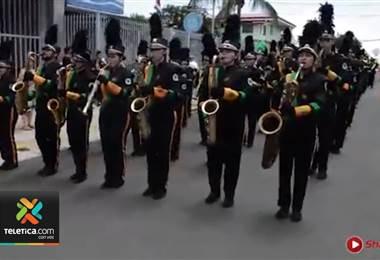 La banda comunal de Orotina se prepara desde ya para asistir al desfile de año nuevo Londres 2021