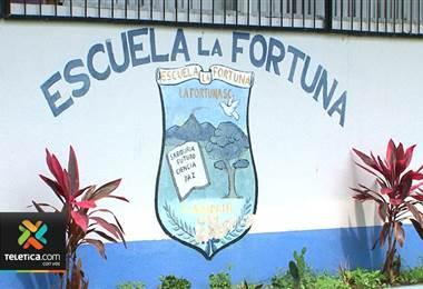 MEP investiga escuela rural en La Fortuna por manejo deficiente de los recursos