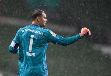 Manuel Neuer | Facebook Bayern Munich.
