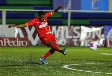 Berny Burke | Facebook Club Sport Herediano.