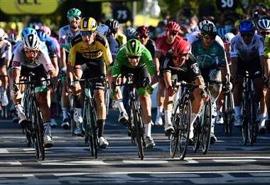 Facebook Tour de Francia.